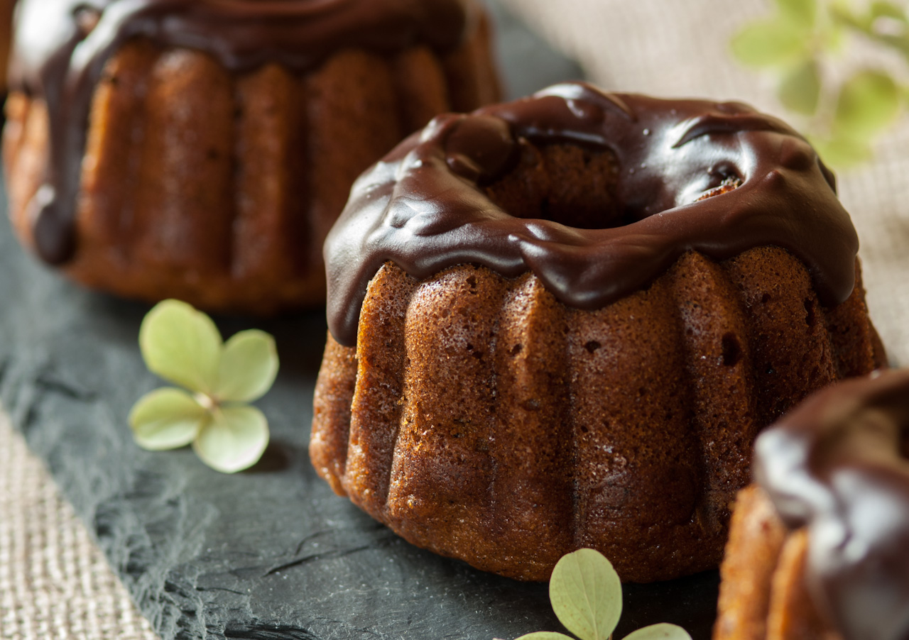 Spicy Pumpkin Cakelettes With Chocolate Glaze Recipes — Dishmaps