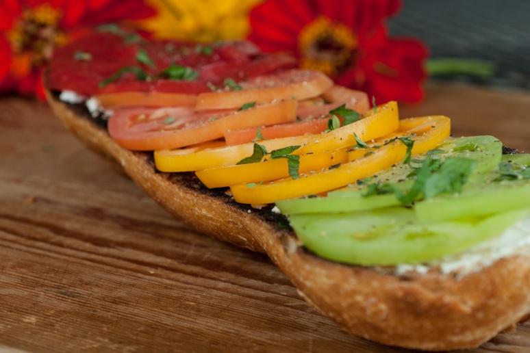tomatoe bread 4